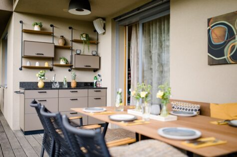 Sitzgarnitur mit Outdoorküche
